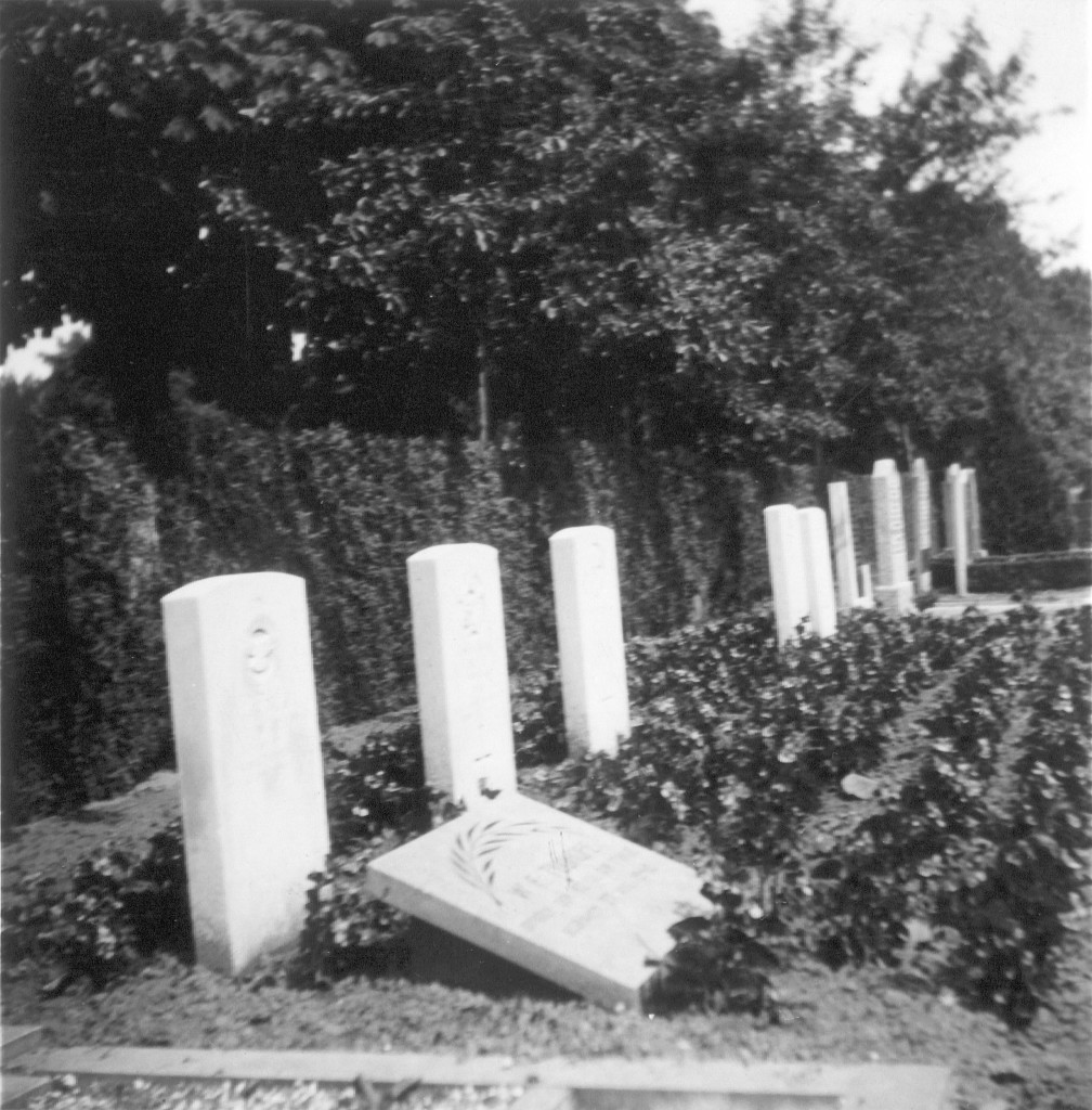 Foto uit 1952 van het graf gemaakt door de vader van Bill Tudhope. (foto: Tudhope family, Anne Smith)