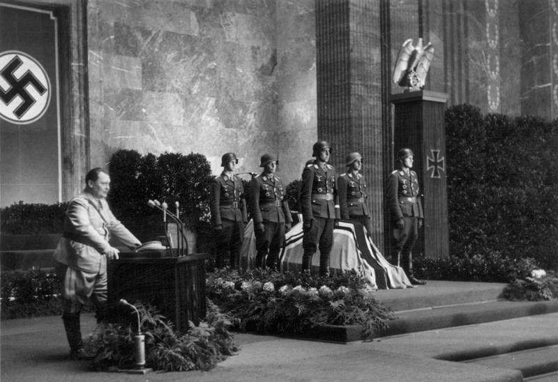 BegrafenisHelmutLentFebr1943
