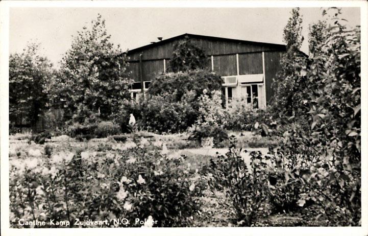 De kantine van kamp Zuidvaart, iets ten zuiden van Emmeloord.